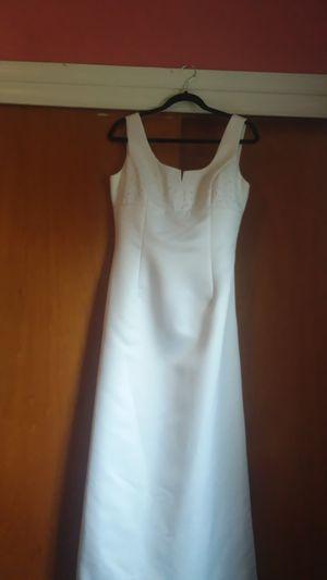 Wedding dress. Size 10 for Sale in Virginia Beach, VA