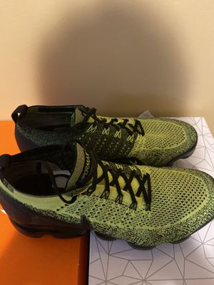 Nike vapormax for Sale in Lexington, KY