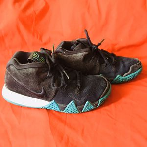 Toddler Nike Kyrie 4 Obsidian Shoes (13.5c) for Sale in Eloy, AZ