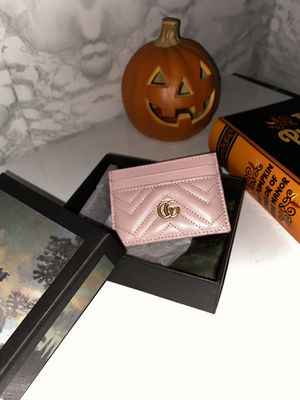 Light pink Gucci card case wallet for Sale in Lynwood, CA