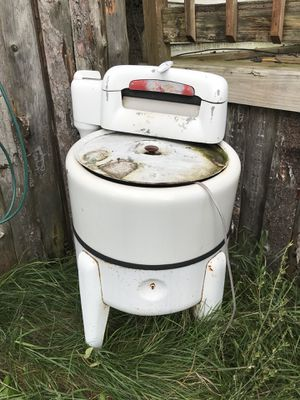 Old washer for Sale in Lake City, MI