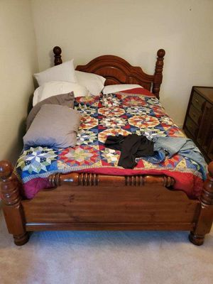 Bedroom Set for Sale in North Charleston, SC