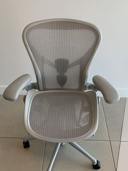 Herman Miller Aeron Remastered for Sale in Fort Lauderdale,  FL