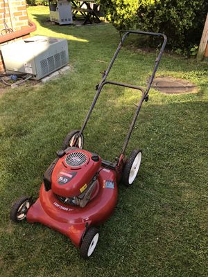 Craftsman 21 inch lawn mower for Sale in Saugus, MA