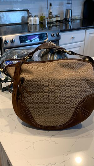 COACH PURSE for Sale in New Albany, OH