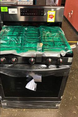 Samsung Model:NX58R5601SG Gas Range 6R for Sale in Saginaw,  TX