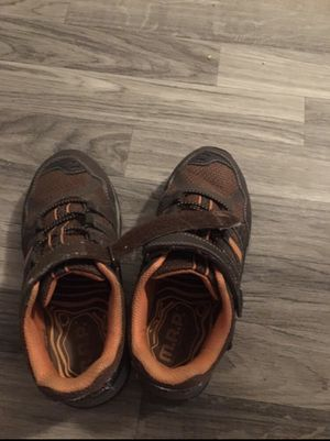 Boy shoes size 3 for Sale in Moreno Valley, CA