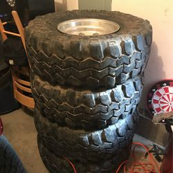 36 Super Swampers 6x5.5 Toyota/chevy Bolt Pattern for Sale in Vancouver,  WA