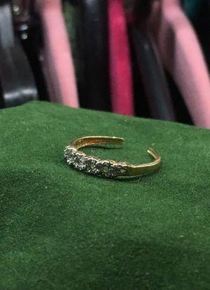 Gold & diamond toe ring for Sale in Henderson, NV