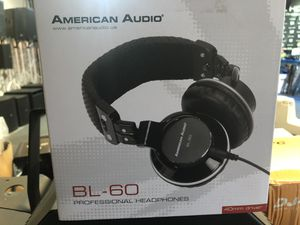AMERICAN AUDIO BL60 PRO DJ HEADPHONES for Sale in Los Angeles, CA