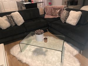 Gray Sectional from Kanes furniture for Sale in Orlando, FL