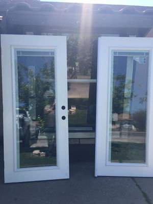 FRENCH DOORS WITH MINI BLINDS IN GLASS 72x80 for Sale in Phoenix, AZ