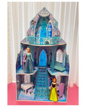 Disney Frozen Castle Dollhouse with 11 Accessories & 02 Dolls for Sale in Miami, FL