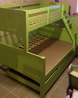 Bunk bed for Sale in Chicago, IL