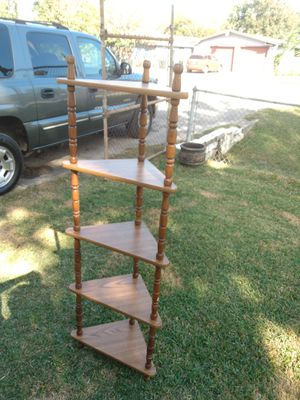 """Tall Corner Shelf 27""""tall ,20""""long, & 12""""wide for Sale in Channelview, TX"""