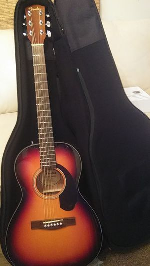 New fender guitar with case for Sale in Chelan, WA