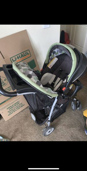 Stroller with car seat for Sale in Santa Clarita, CA
