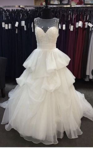 Wedding Dress for Sale in West Covina, CA