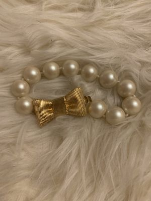Kate Spade pearl and bow bracelet for Sale in Johnson City, NY