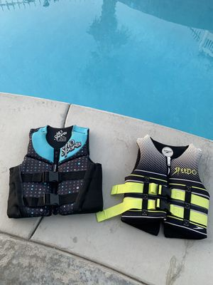 Youth Life vest for Sale in Riverside, CA