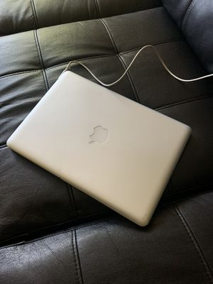 MacBook Pro 13-inch for Sale in Hartford, CT