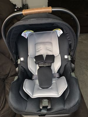 NUNA PIPA CAR SEAT IN GREAT CONDITION!! for Sale in Gaithersburg, MD