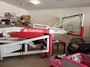 Spalding Professional Basketball Hoop for Sale in Irving, TX