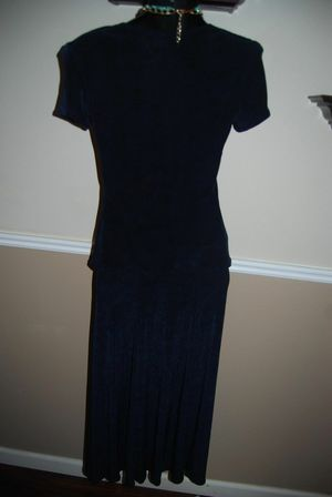 JOSEPH RIBKOFF Dark Blue Skirt Blouse Suit with gold buttons. Sz 6-8 for Sale in Hillsboro, OR