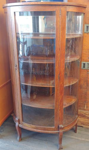 Antique Bow Front China Cabinet for Sale in Graham, NC