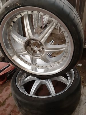 I have all 4 rims with tires for Sale in Hemet, CA