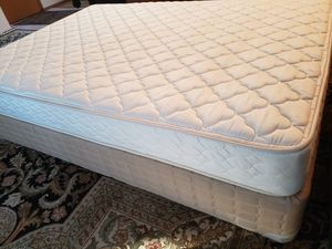 Full size Mattress box spring bed frame for Sale in Lynnwood, WA