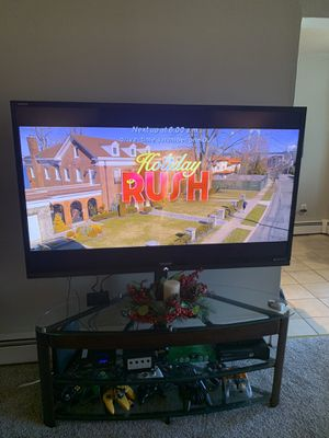 60 inch Sharp Aquos smart tv for Sale in Clifton, NJ