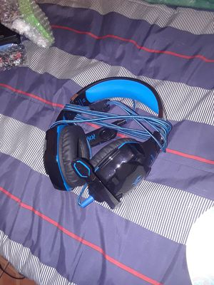 Headphone with mic for Sale in Los Angeles, CA