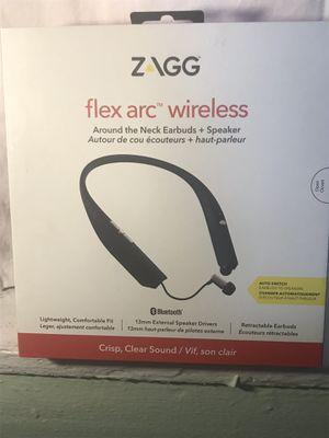 Zagg flex arc wireless around the neck earbuds + Speaker for Sale in Chicago, IL
