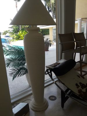 Floor lamps, set of 2, white, great quality condition, for Sale in Lauderdale-by-the-Sea, FL