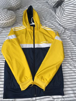 adidas windbreaker size small. for Sale in Queens, NY