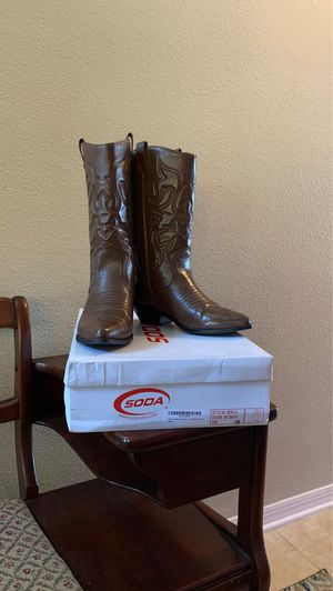 Woman's Brown Boots size 10 for Sale in PT ORANGE, FL