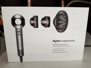 Dyson Supersonic Hair Dryer - White/Silver. Brand new in Box for Sale in San Jose, CA