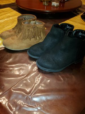 Toddler girl boots.. clothes for Sale in CORP CHRISTI, TX