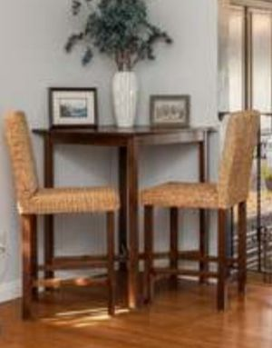 Tall Breakfast Table includes 2 woven chairs for Sale in Sylmar, CA