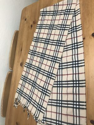 Burberry Classic Check Cashmere Scarf 9/10 condition for Sale in Los Angeles, CA