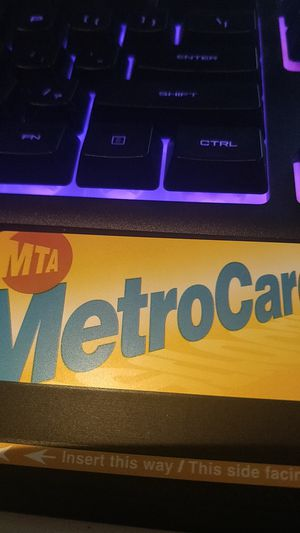 MTA ONE MONTH CARD UNUSED for Sale in New York, NY