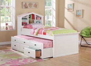Twin bed for Sale in Pompano Beach, FL