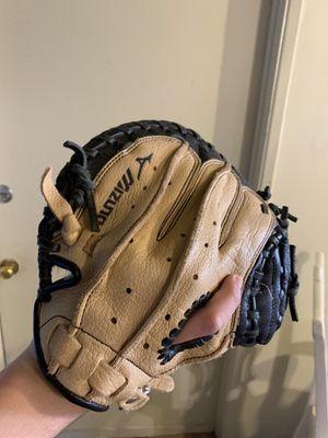 Baseball Glove great condition for Sale in Costa Mesa, CA