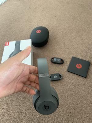 Beats studio 3 wireless for Sale in Oceanside, CA