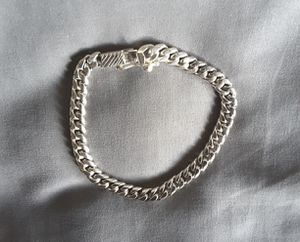 Cuban Link Bracelet (.925 Sterling Silver) Length : 8.75 inches/ 29.7 grams. Excellent Condition. for Sale in Davie, FL