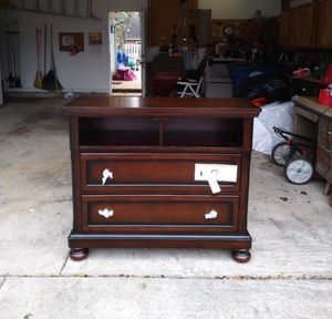 NEW KINGSLEY 2 DRAWER WALNUT MEDIA TV STAND for Sale in Dayton, OH
