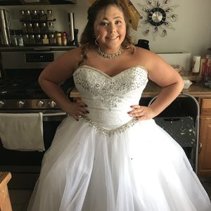Wedding/Prom/Homecoming Dress for Sale in Allen Park, MI