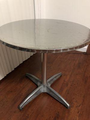 Silver coffee table for Sale in Miami, FL