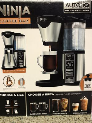 Ninja Coffee Bar w/Stainless Steal Carafe and Auto-iQ for Sale in Salinas, CA